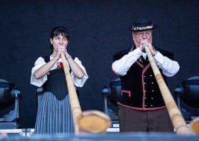 Die Alphornbläser auf dem Greenfield Festival 2019 (Foto: Angry Norman Concert Photography)