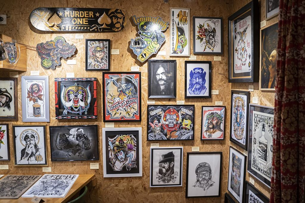 """Impressionen von der Vernissage zur Ausstellung """"Tribute to the Göd of Rock'n'Roll"""""""