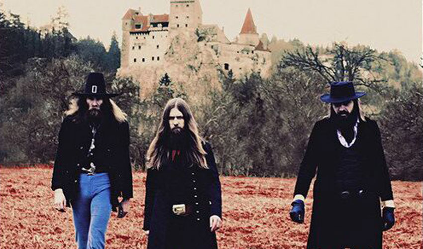 Album der Woche: Kadavar – For The Dead Travel Fast