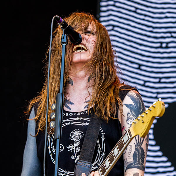 Against Me! heizen den Fans auf dem Greenfield Festival 2017 mächtig ein (Foto: Angry Norman - Concert Photography)